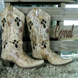 Corral cowboy boots size 7.5M